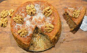 Bizcocho Húmedo de Manzana y Nueces